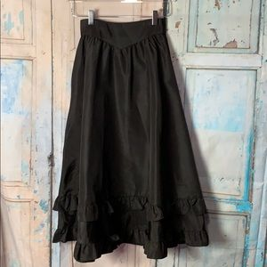 Gunne Sax Black Skirt with ruffle bottom detail